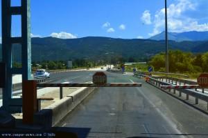 Nanü - Bezahlen auf der Autobahn mit Lotta – Greece