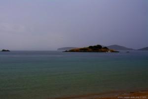 Vrachonisida Petrani vor Nea Peramos – Greece