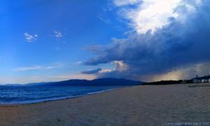 Wird schon wieder dunkel am Portofino Beach – Greece