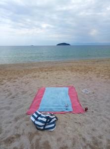 Mein Strandplatz vor den Inseln Xifios und Xeronisi bei Nea Iraklitsa – Greece