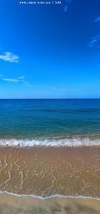Wieder kristallklares Wasser am Tristínika Beach – Greece