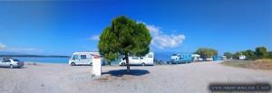 Viele Camper am Kavos Beach - Greece