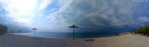 Um 11 schaut es noch nicht besser aus am Mouse Beach - Akti Nireos – Greece