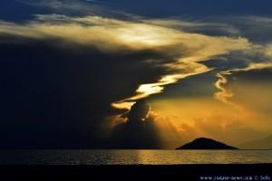 Sunset at Salanti Beach – Greece – 18:23 – [WERBUNG] Nikon D5200