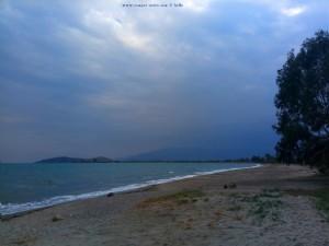 Dunkel wird es schon wieder - Paliochano Beach Greece