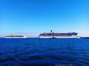 Costa Luminosa geht - Costa Mediterranea bleibt noch - Katakolo – Greece