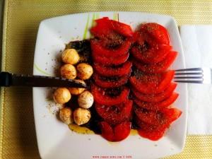 Pomodoro Mozzarella in Keramidia – Greece