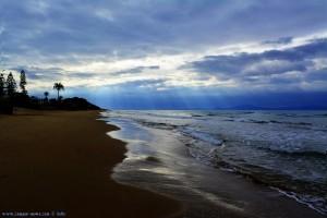 Strandspaziergang mit Nicol am Kyllini Beach – Greece