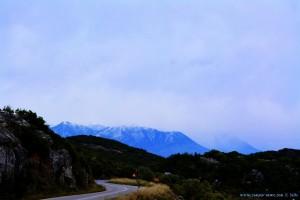 Wir klettern wieder und kommen dem Schnee sehr nahe - on the Road - Greece