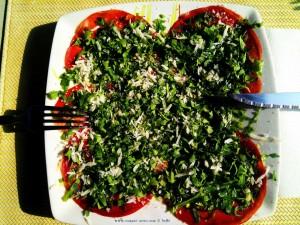 Bresaola mit Rucola und Parmesan - Neujahrs-Lunch am Lagkouvardos Beach – Greece