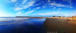 Beim Spaziergang mit Nicol am Vivari Beach – Greece