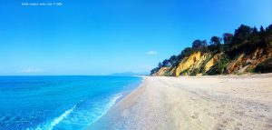 Karibische Farben am Kanali Beach – Greece