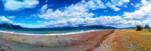 Mit Nicol auf Spaziergang in Akti – Greece
