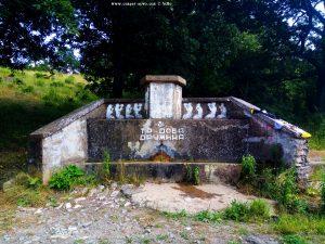 Natürlicher Brunnen on the Road in Bulgaria