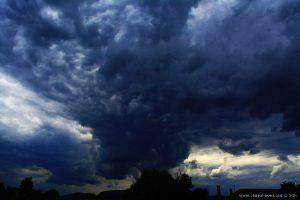 Dicke fette Wolken am River Strei - Simeria Veche – Romania