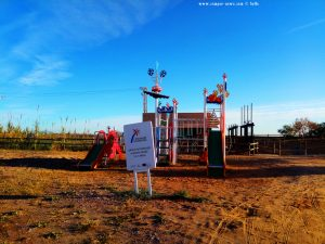 Neuer Kinderspielplatz am Platja de la Llosa – Spain