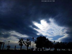Ob das noch was wird mit der Sonne - Platja de la Llosa – Spain