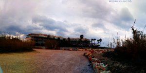 Hinter diesem Apartment-Haus verschwindet immer die SONNE - Platja L'Almadrava – Spain