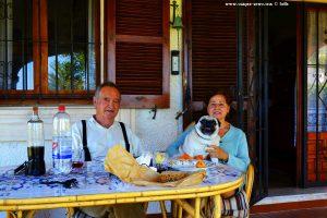 Victoria und Vincent mit Hund Jerry - Platja L'Almadrava - Spain