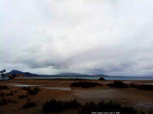 Es bleibt grau in grau am Playa del Vivero - Playa Honda - Spain